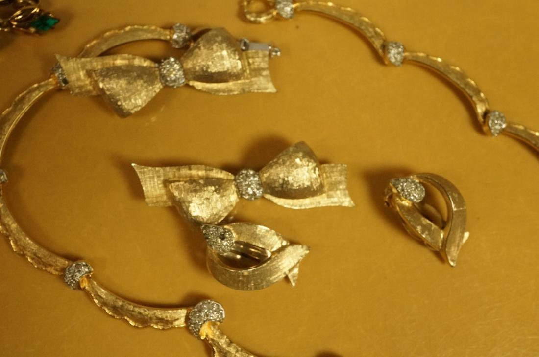 14pc Costume Jewelry Lot. JOMAZ Gold tone & Rhine - 8