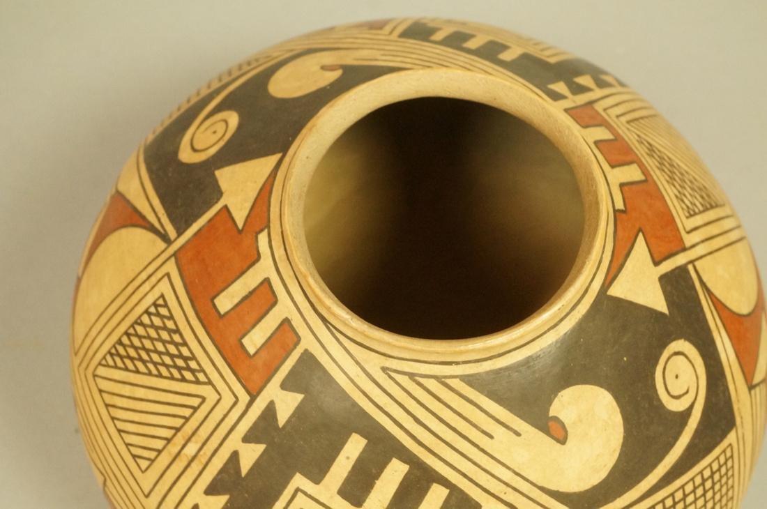 TAUNINA DACA American Indian Pottery Vessel Vase. - 6