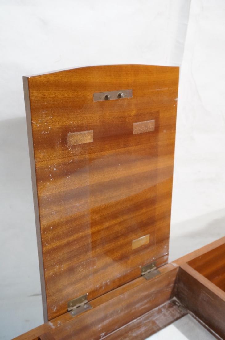 Flip top Antique Wood Vanity. Raised on long legs - 3