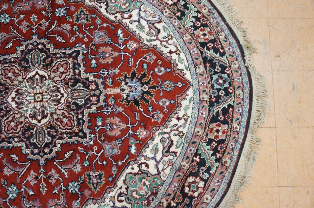 7'6 x 7 Oval Handmade Carpet rug with center meda - 4