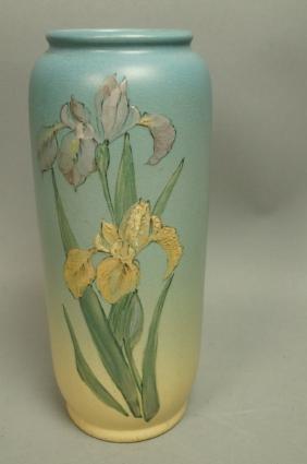 WELLER American Art Pottery  Vase. Matte standard