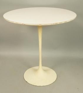 EERO SAARINEN White Laminate Tulip Side Table. Ro