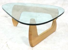 ISAMU NOGUCHI Attrib. Modern Coffee Table. Birch