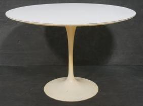 KNOLL by AERO SAARINEN Tulip Dining Table. White