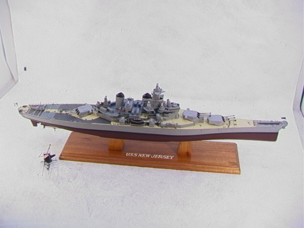2009: US NAVY 62 USS NEW JERSEY Battle Ship Model Handm