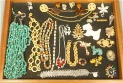 Mixed Lot Costume Artisan Vintage Jewelry. Bead n