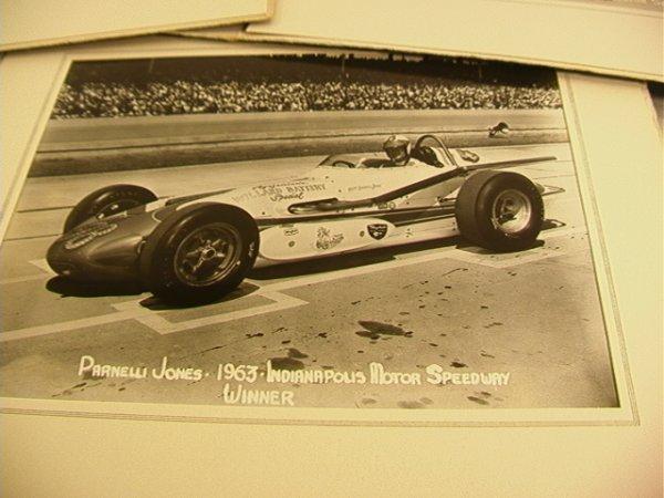 2061: 1963 Indianapolis 500 Photographs. A.J. Foyt, Jim - 4