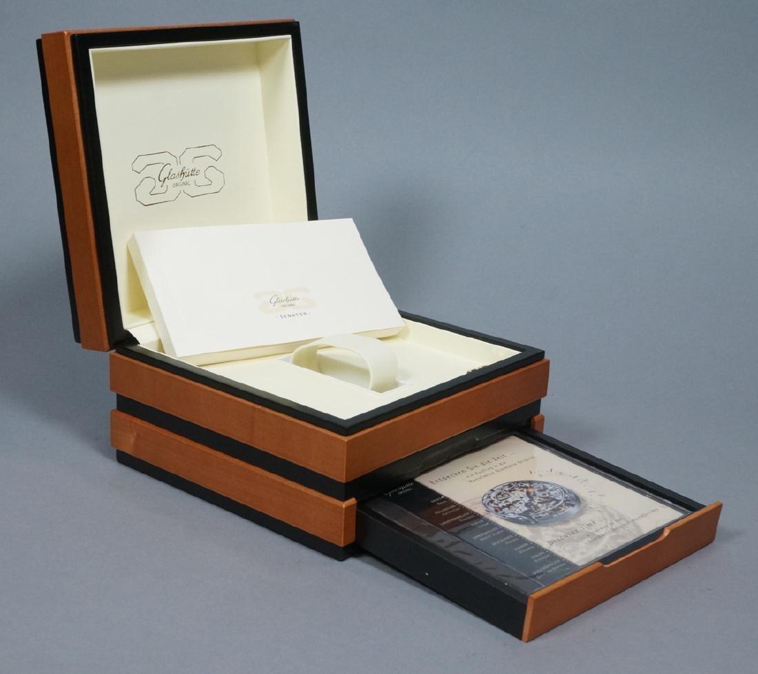 GLASHUTTE ORIGINAL Senator Watch Box. Hinged wood