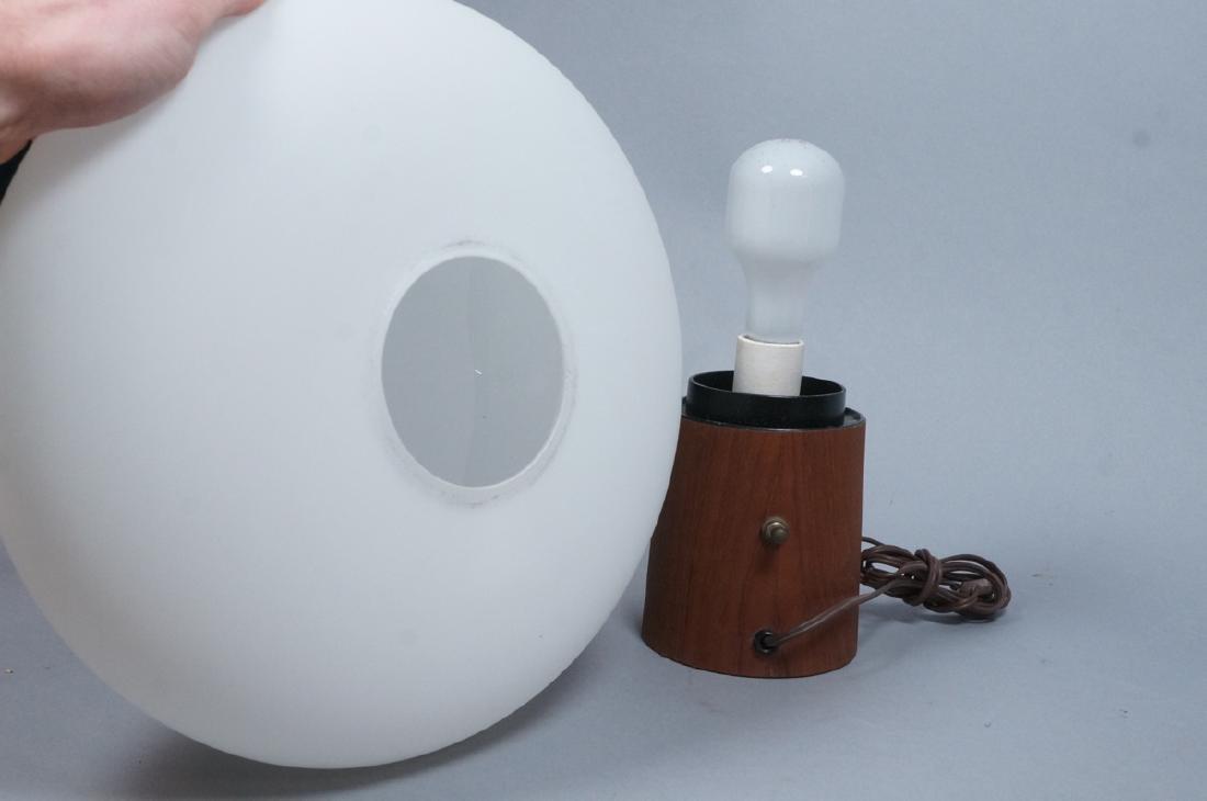 LAUREL Walnut Glass Mushroom Table Lamp. Modern. - 4