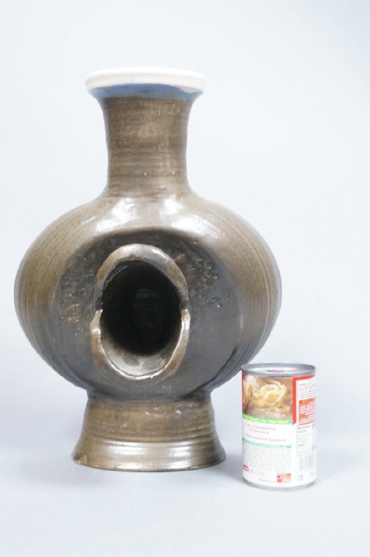 HUI KA KWONG Signed HUI Modernist Pottery Vase. A - 4