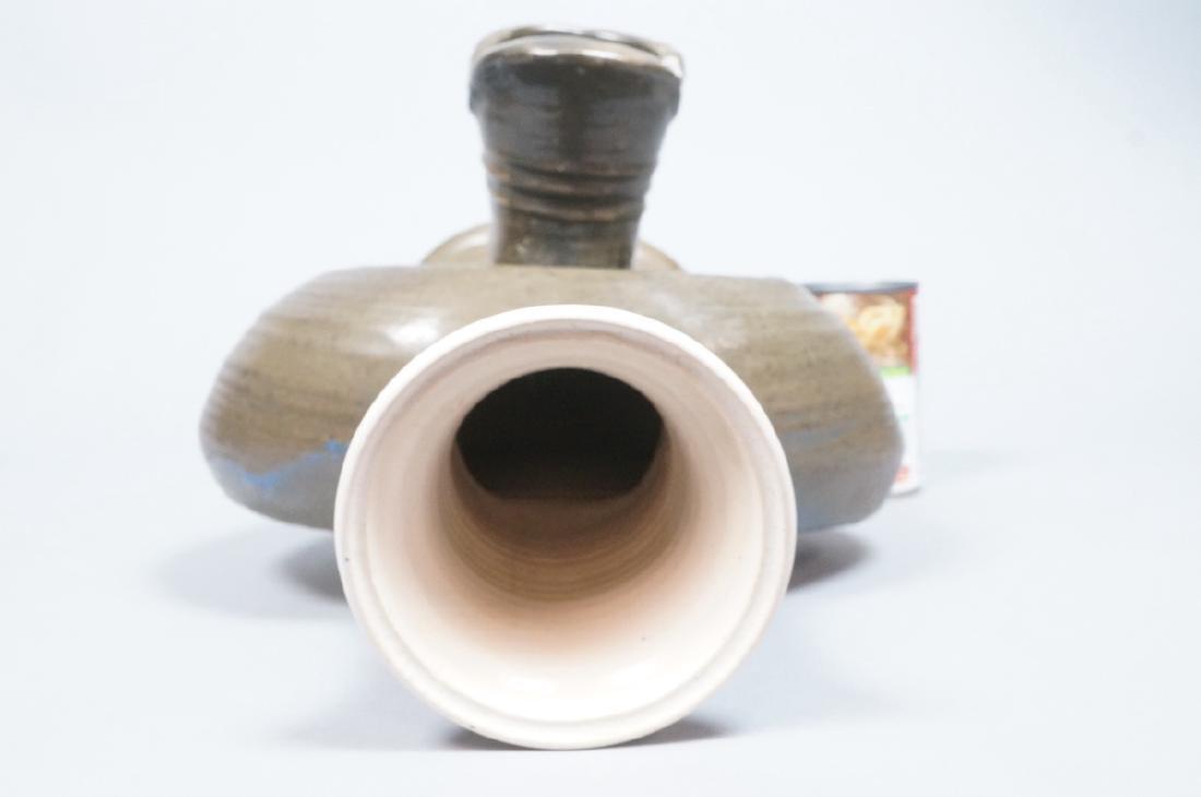 HUI KA KWONG Signed HUI Modernist Pottery Vase. A - 6