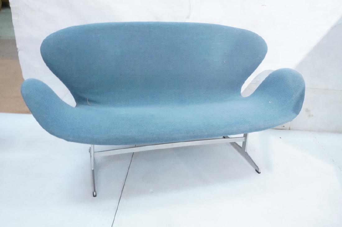 FRITZ HANSEN Swan Sofa Couch. Elegant Modernist f - 2