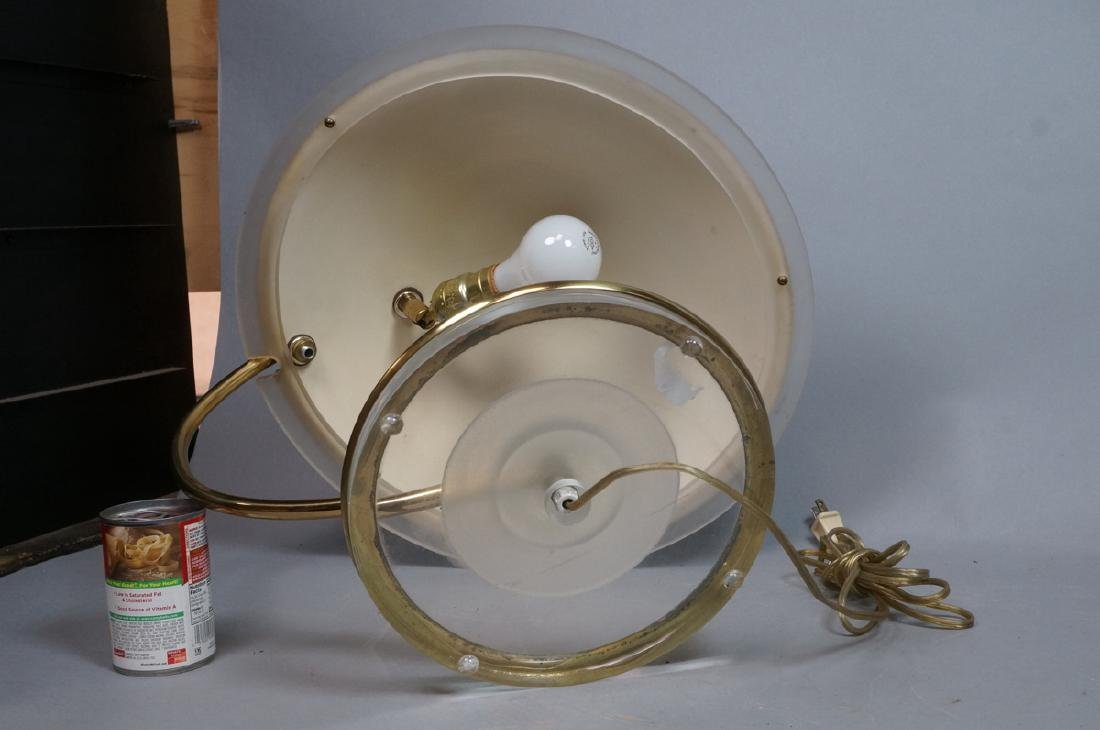 Modernist Brass and Lucite Table Lamp. Lilac plas - 7