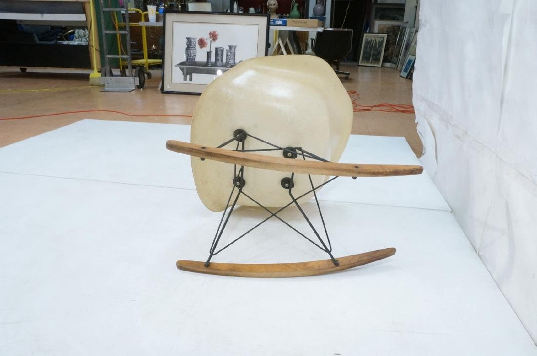 CHARLES EAMES Fiberglass Rocker Rocking Chair. Da - 6