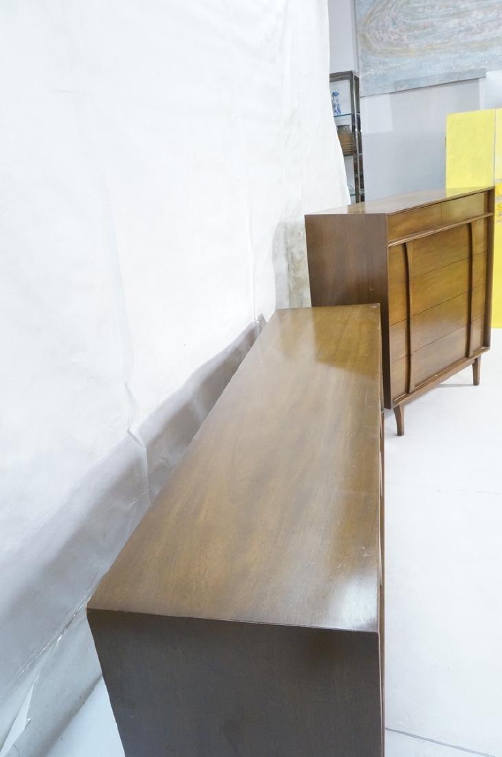 2pc American Modern Walnut bedroom set. Long cred - 5