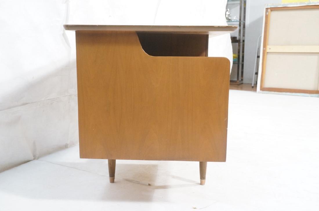 American Modern MAINLINE HOOKER Walnut Desk. Rece - 4