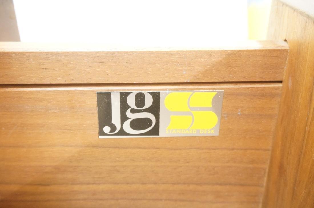 American Modern JG STANDARD Credenza. Wood grain - 7