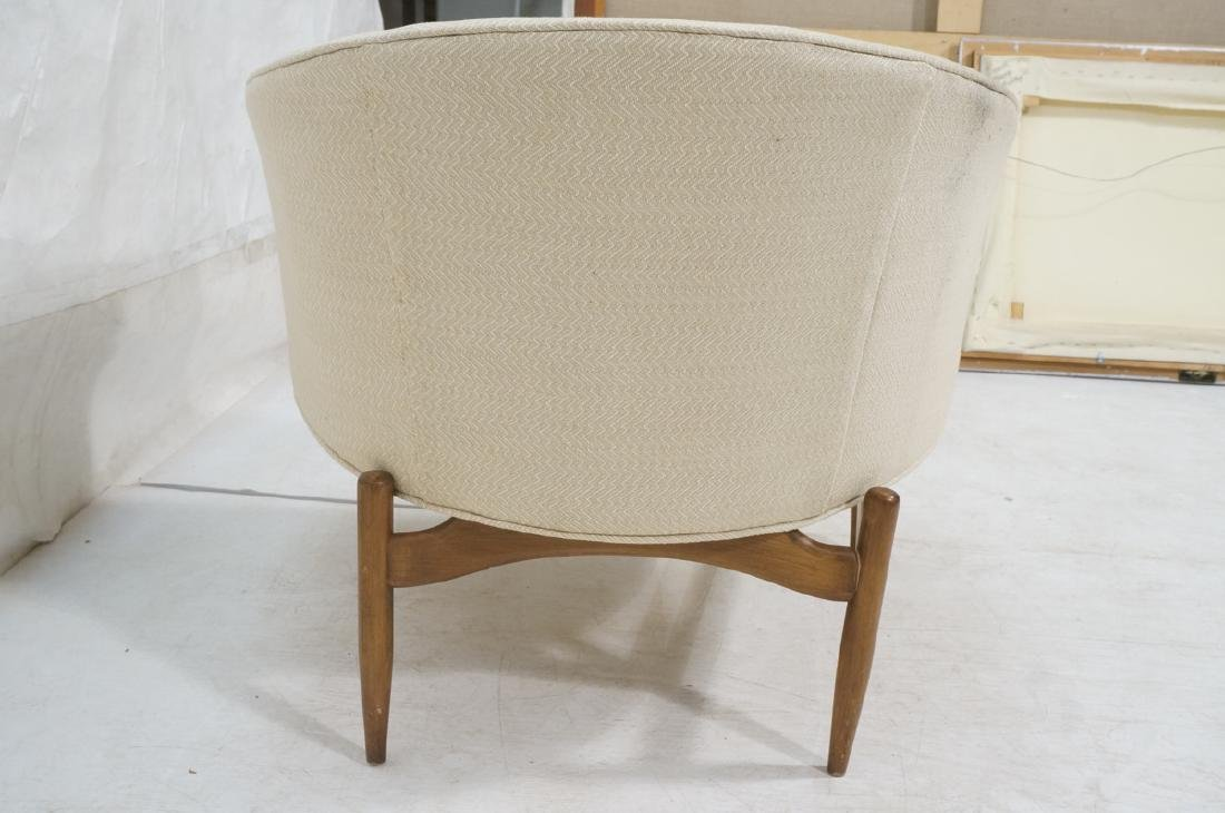 Barrel Back Modern Lounge Chair. Off white fabric - 4
