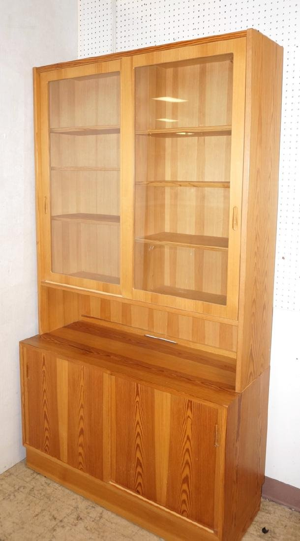 Danish Modern Pine 2 Part Hutch Server. Upper hut