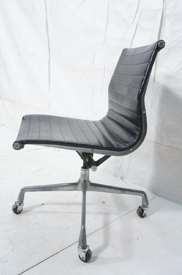 HERMAN MILLER Executive Office Desk Chair. Black - 2