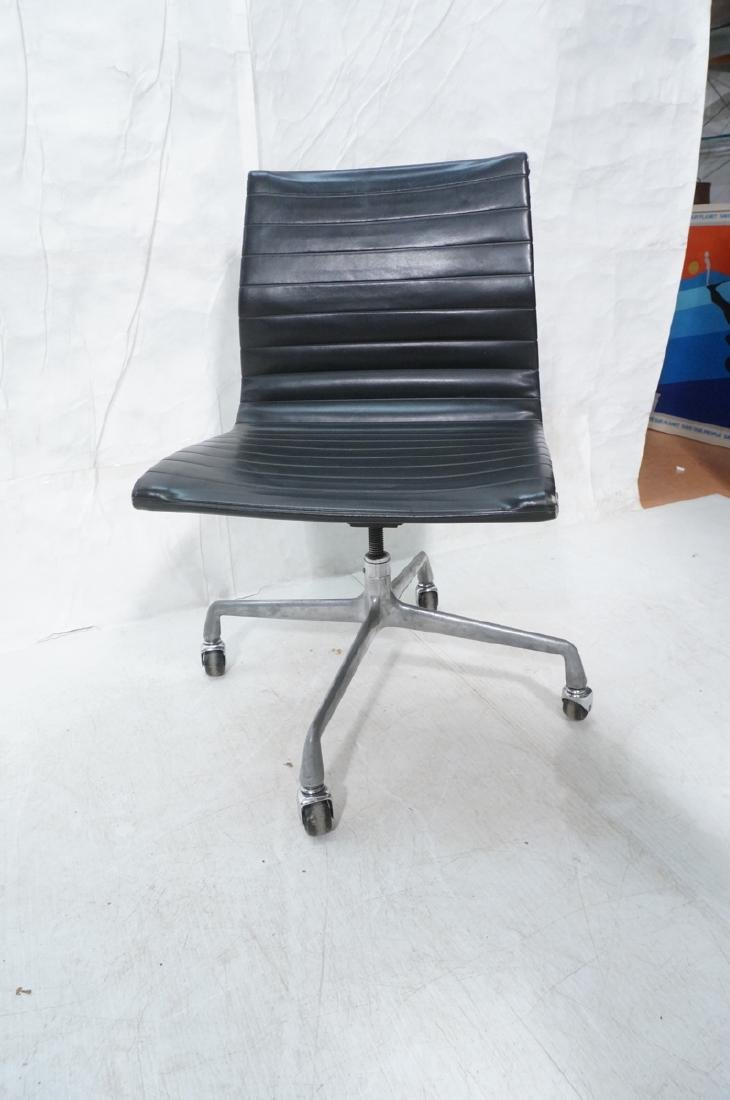 HERMAN MILLER Executive Office Desk Chair. Black - 4