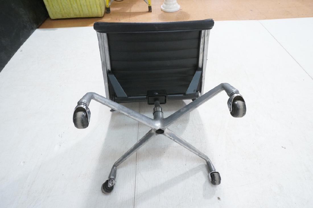 HERMAN MILLER Executive Office Desk Chair. Black - 7