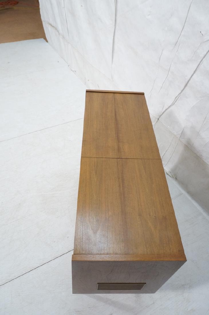 ***GRUNDIG Modern Walnut Case Stereo Cabinet. Bev - 9