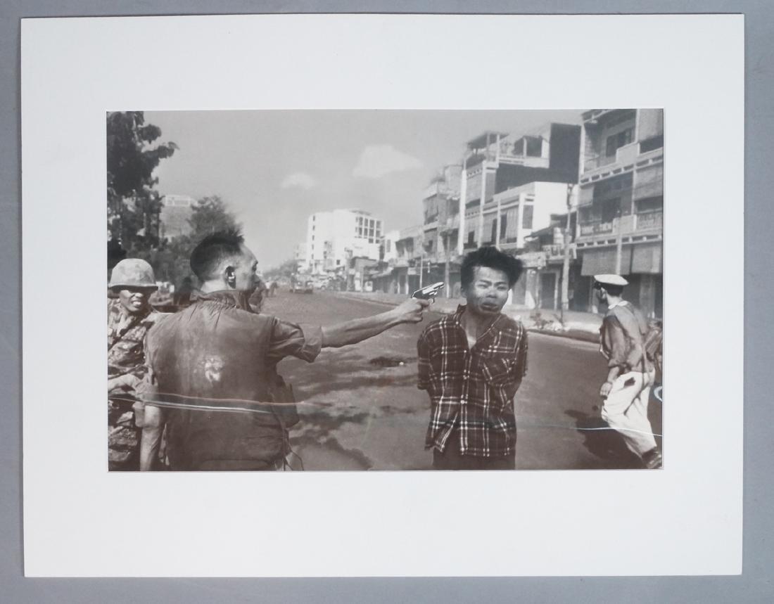 "EDDIE ADAMS Gelatin Silver Print Photograph ""Stre"