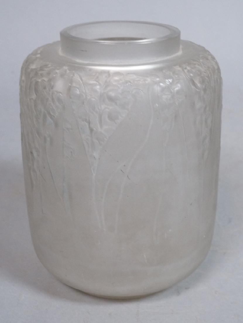 RENE LALIQUE French Crystal Vase. Clear frosted g