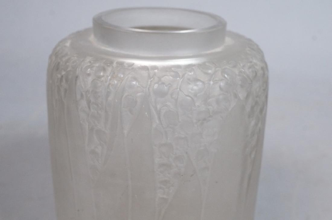 RENE LALIQUE French Crystal Vase. Clear frosted g - 5
