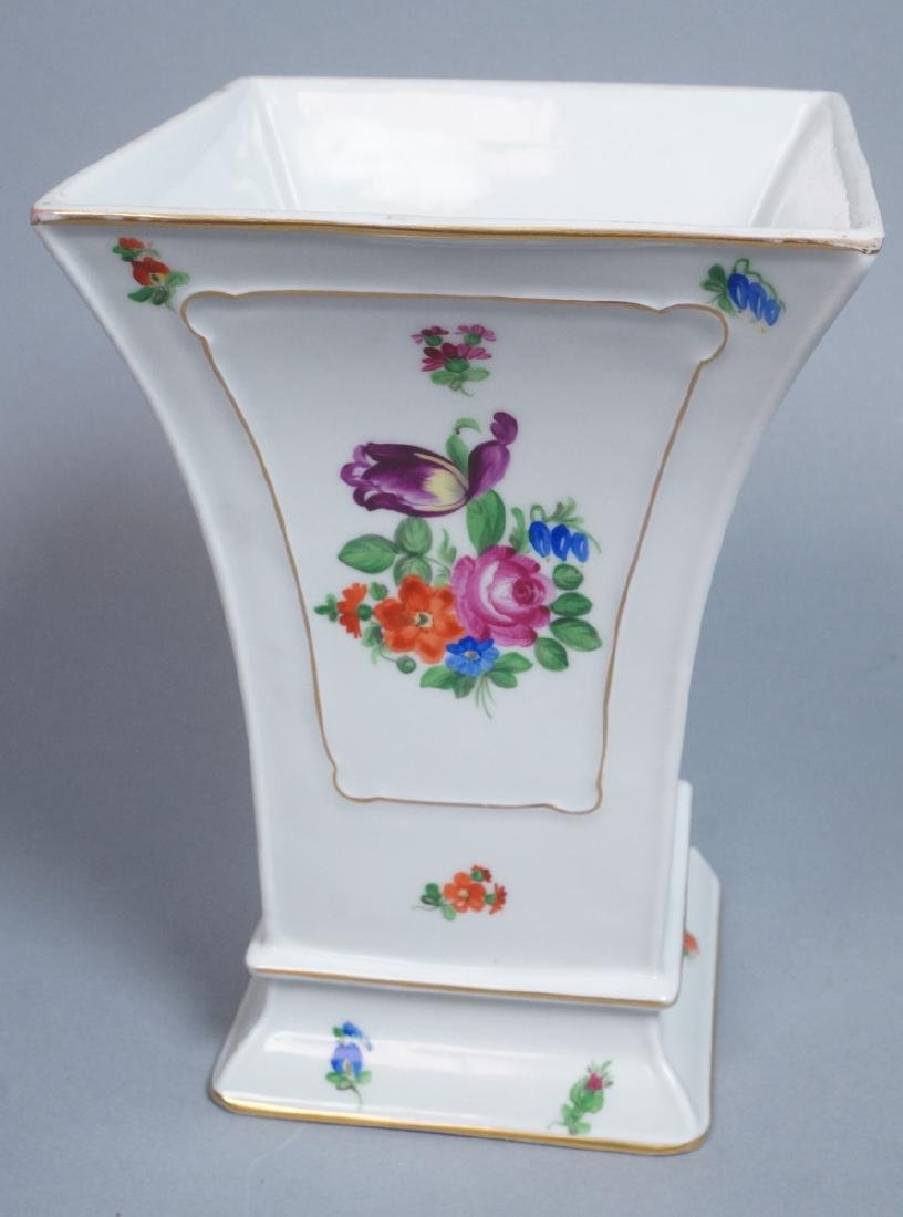 HEREND Hand Painted Tapered Square Vase. Hungaria