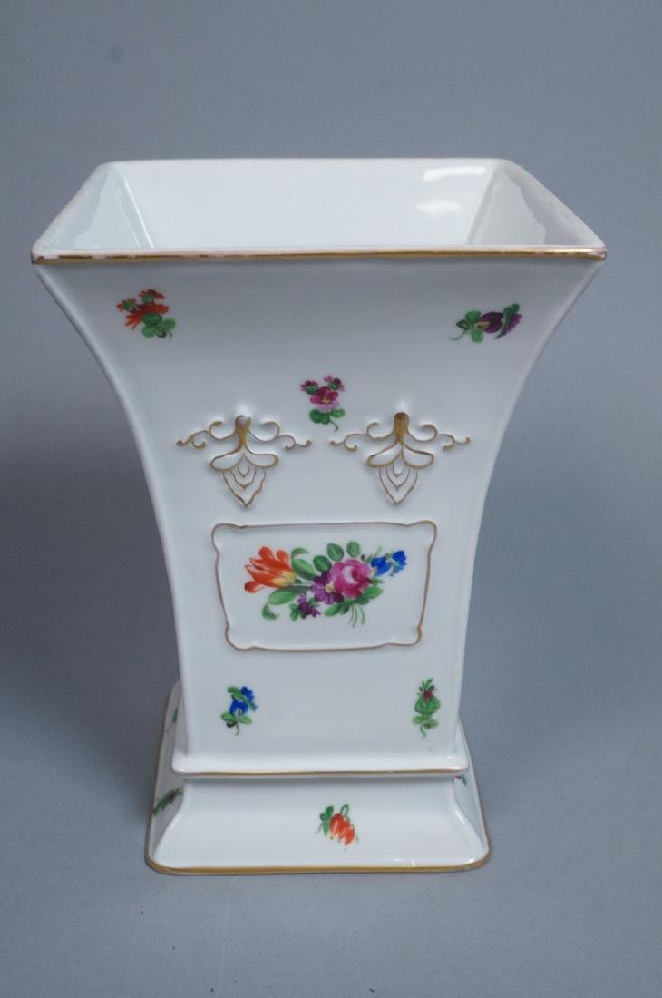 HEREND Hand Painted Tapered Square Vase. Hungaria - 3