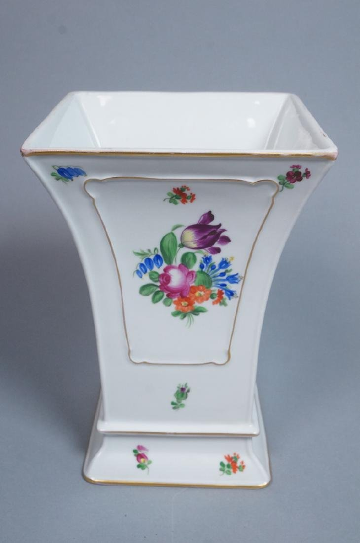 HEREND Hand Painted Tapered Square Vase. Hungaria - 4