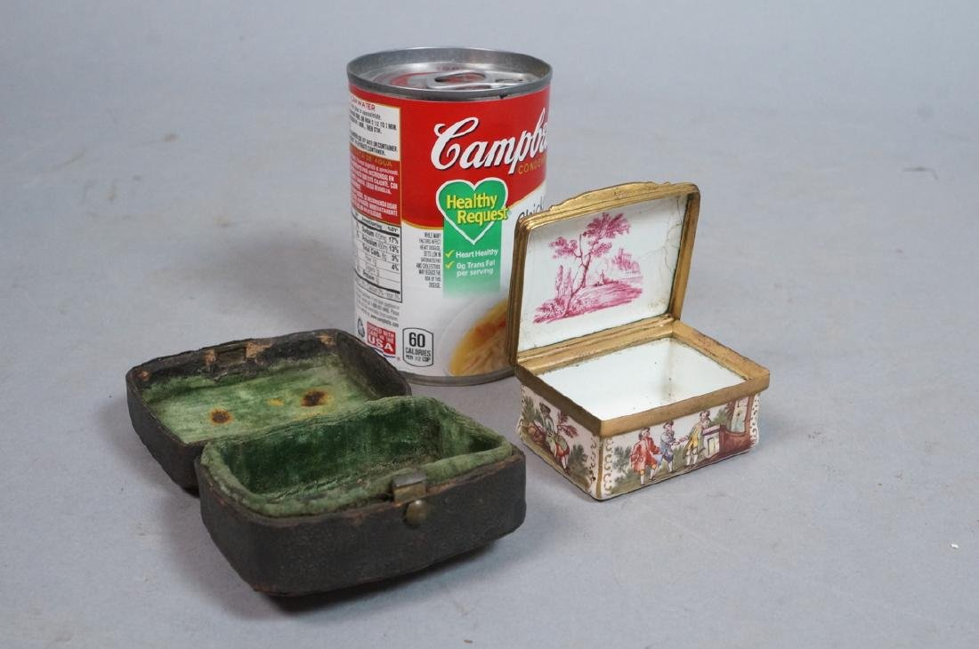 Early BATTERSEA Porcelain Hinged box. Gilt metal - 4
