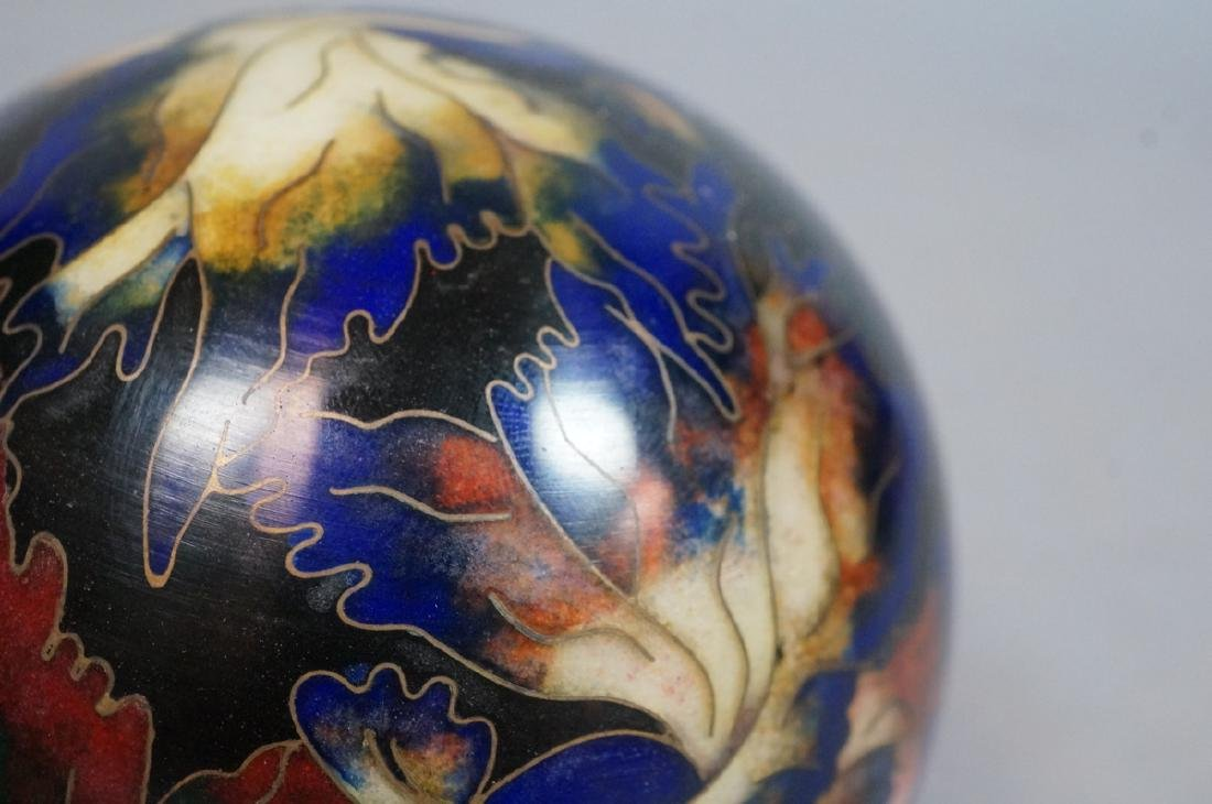 Cloisonne Enamel Ball Paperweight. Fancy tailed g - 9