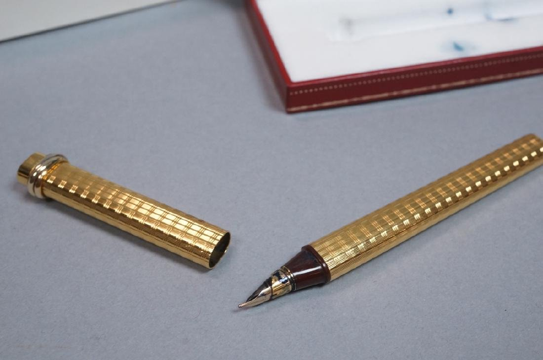 CARTIER Gold Filled Fountain Pen in Must de Carti - 4