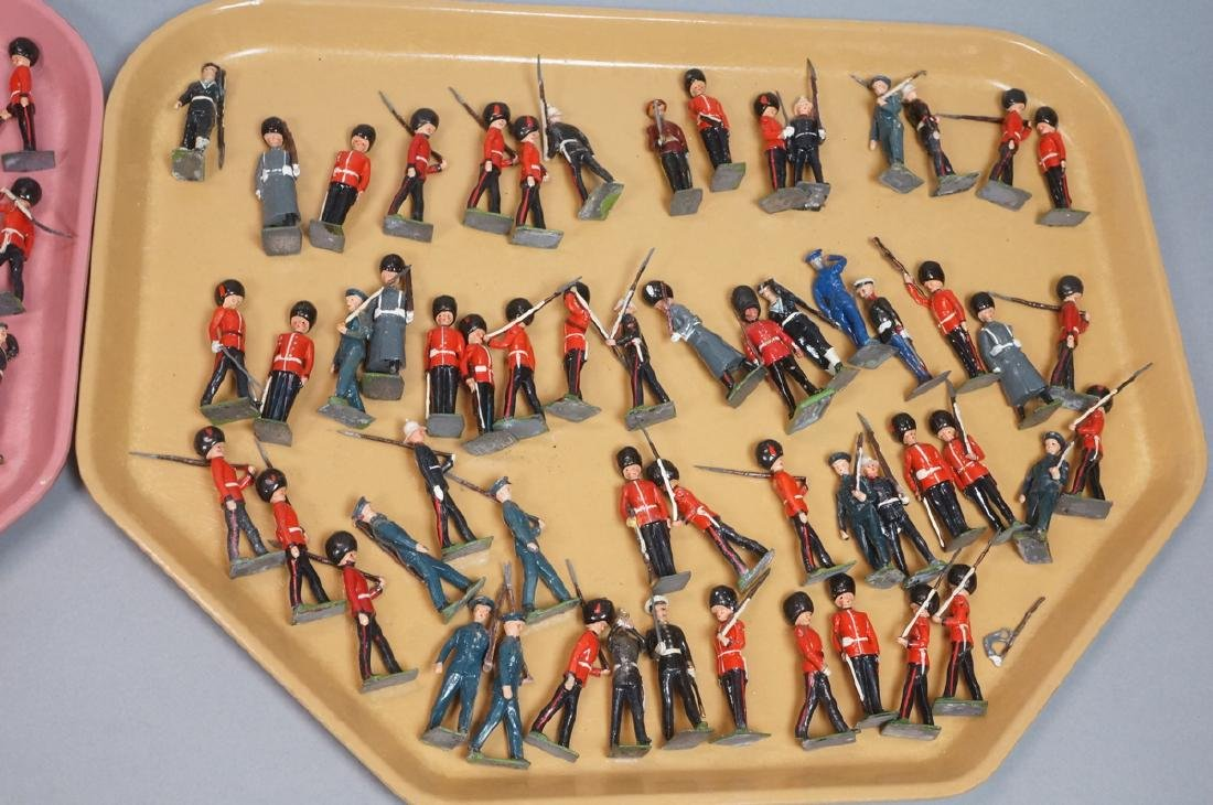 116 BRITAINS Toy Lead Soldiers. Painted toy soldi - 3