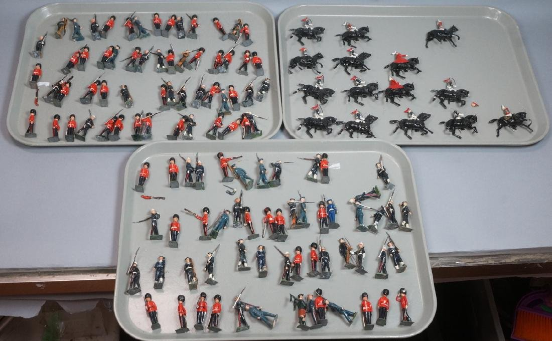 128 BRITAINS Toy Soldiers Includes 15 Mounted on