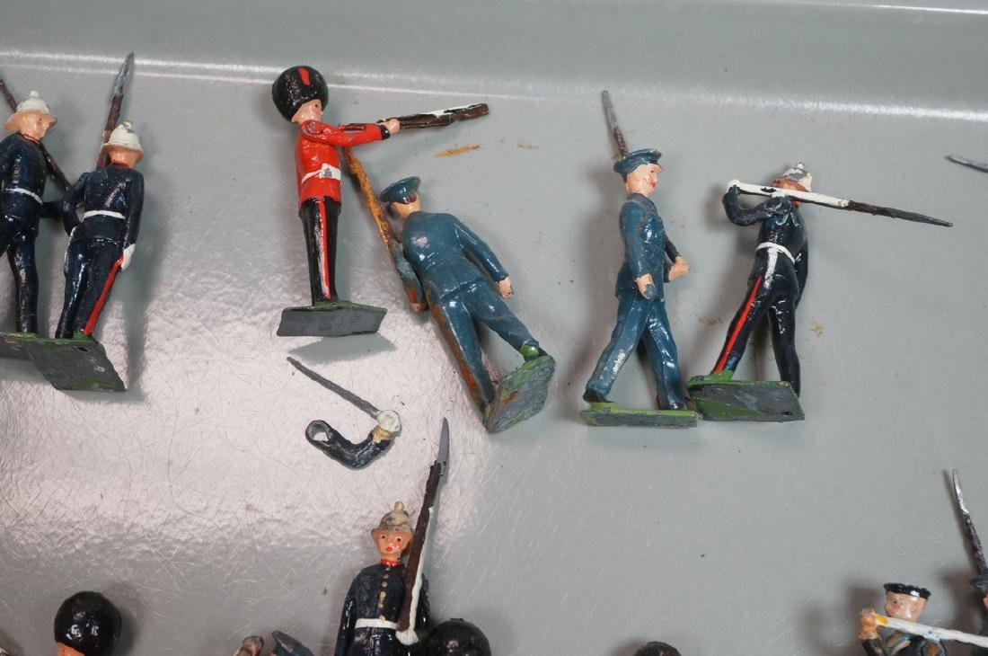 128 BRITAINS Toy Soldiers Includes 15 Mounted on - 6