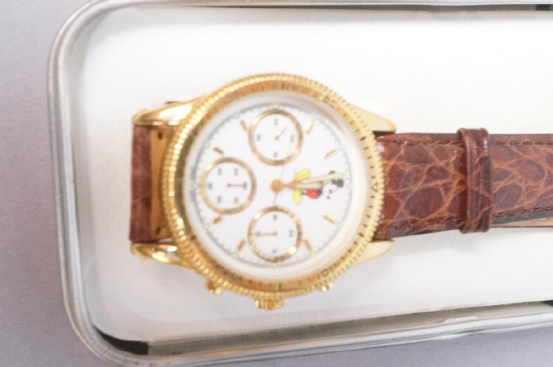 5 DISNEY MICKEY MOUSE Watches. 1) Euro Disney mir - 2