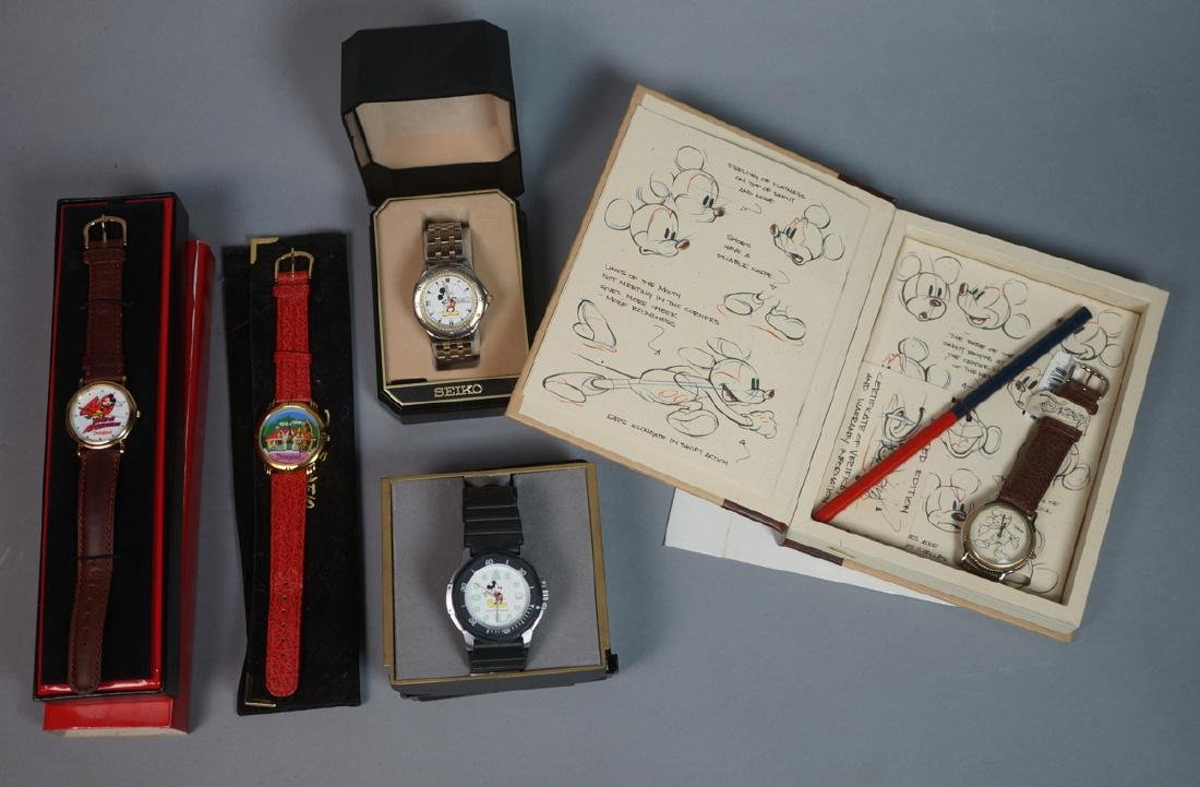 """5 DISNEY MICKEY MOUSE Watches. 1)""""Sketches of Mic"""