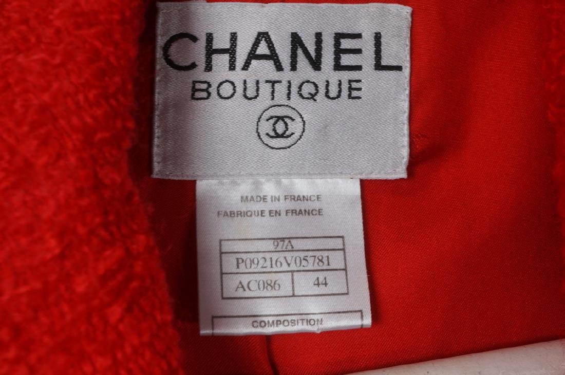 Vintage Authentic CHANEL BOUTIQUE Red Wool Jacket - 2