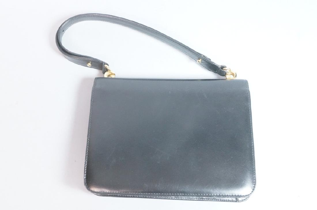 Black Leather GUCCI Handbag. Hand strap converts - 5