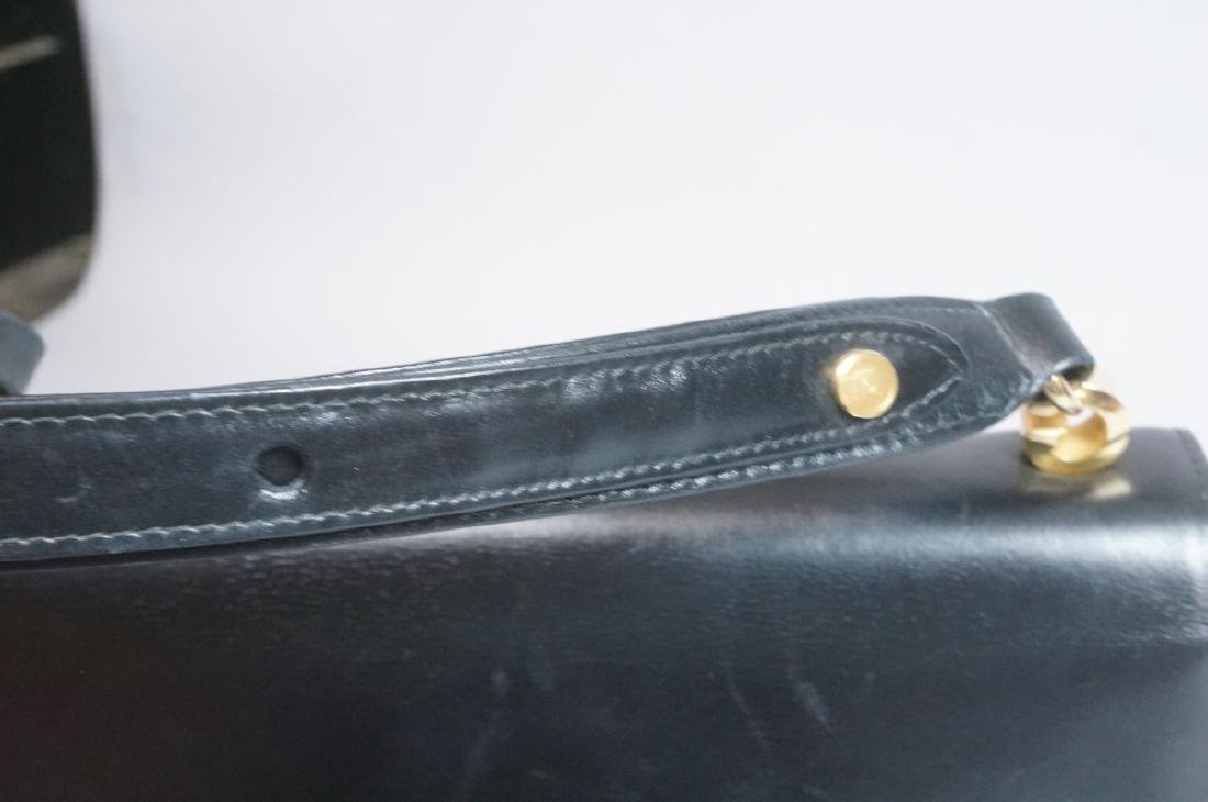 Black Leather GUCCI Handbag. Hand strap converts - 8