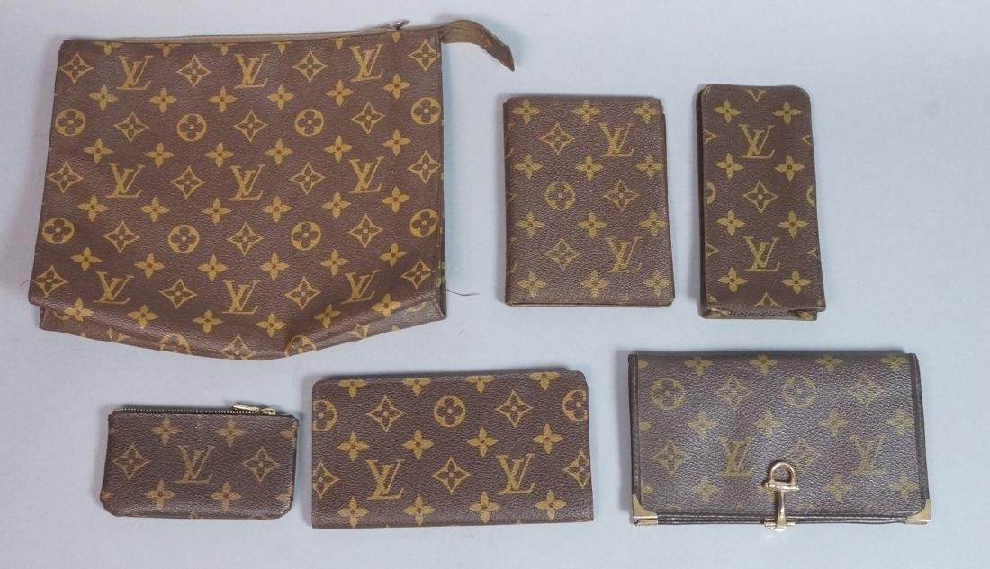 6pc LOUIS VUITTON Paris Accessories. Makeup bag m