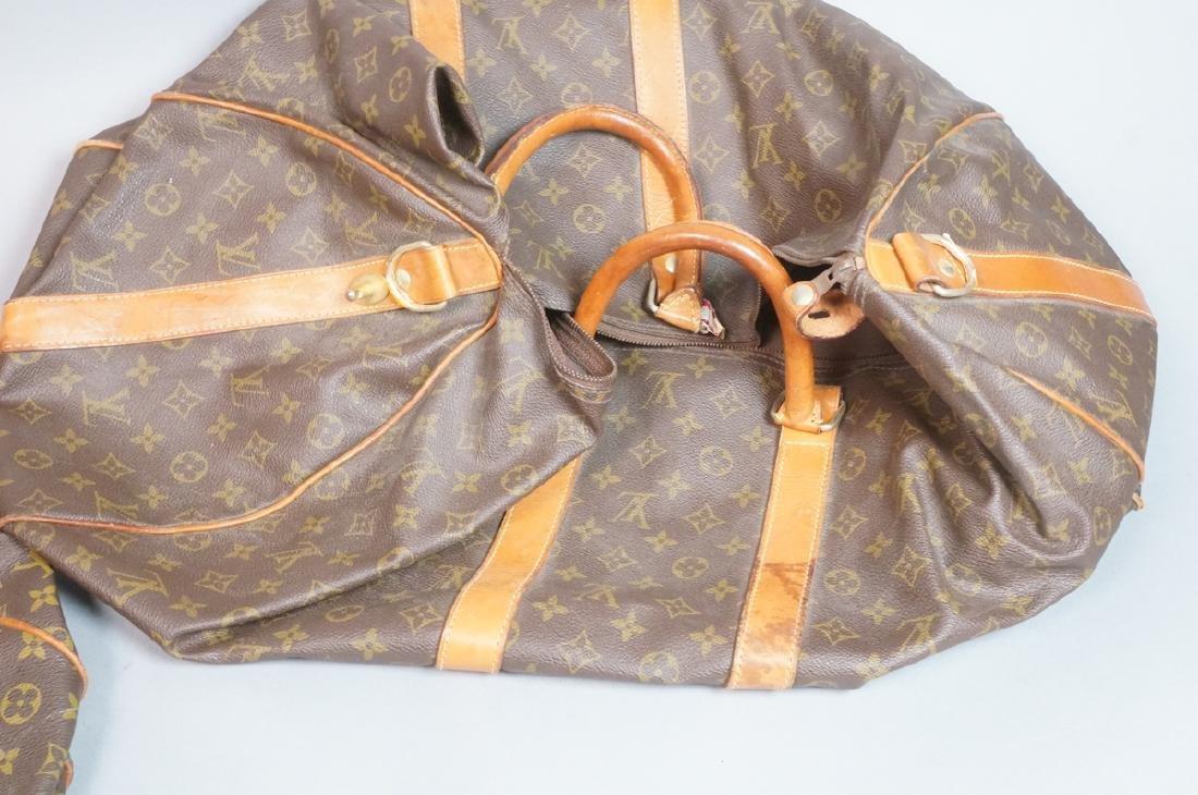 2 LOUIS VUITTON Duffle Bags. Hand straps. - 4