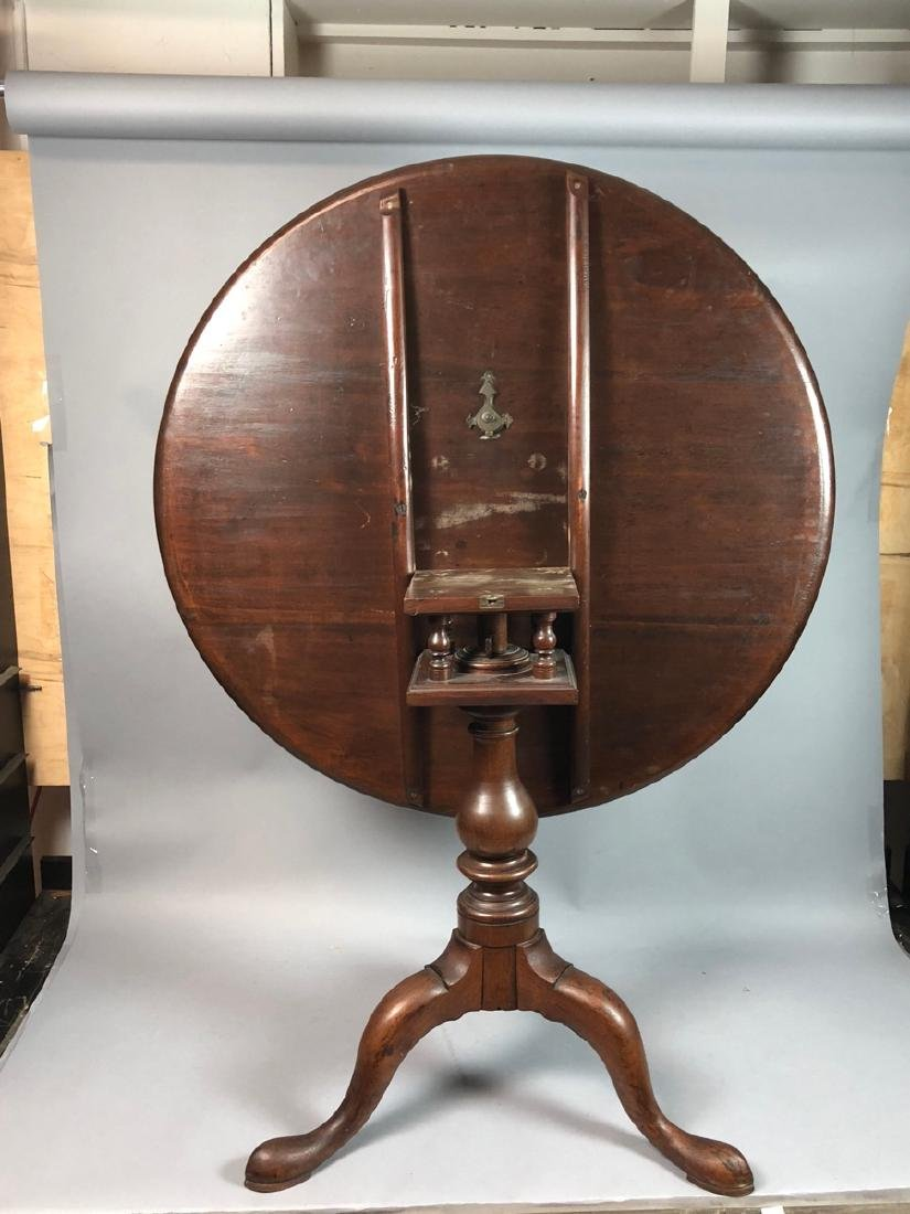Antique Tilt Top Table with Bird cage.  Small rim - 6