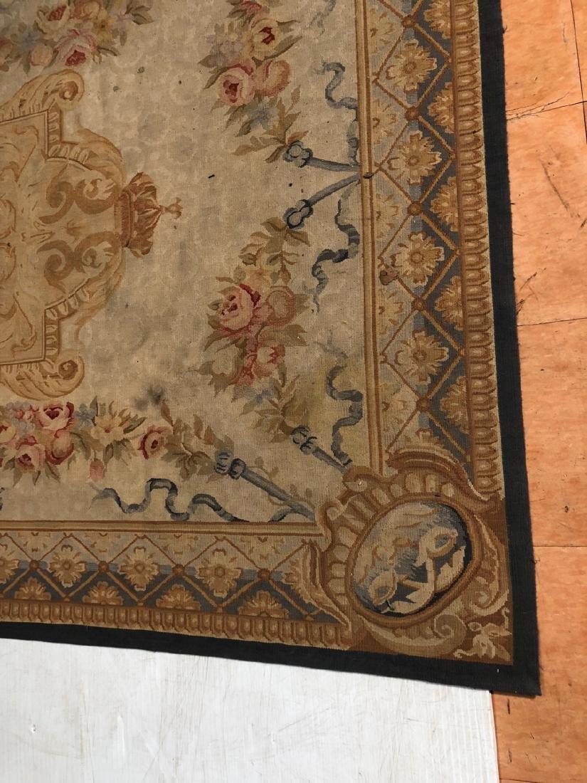 8'2 x 5'11 Aubusson Style Carpet Rug. Center Meda - 2