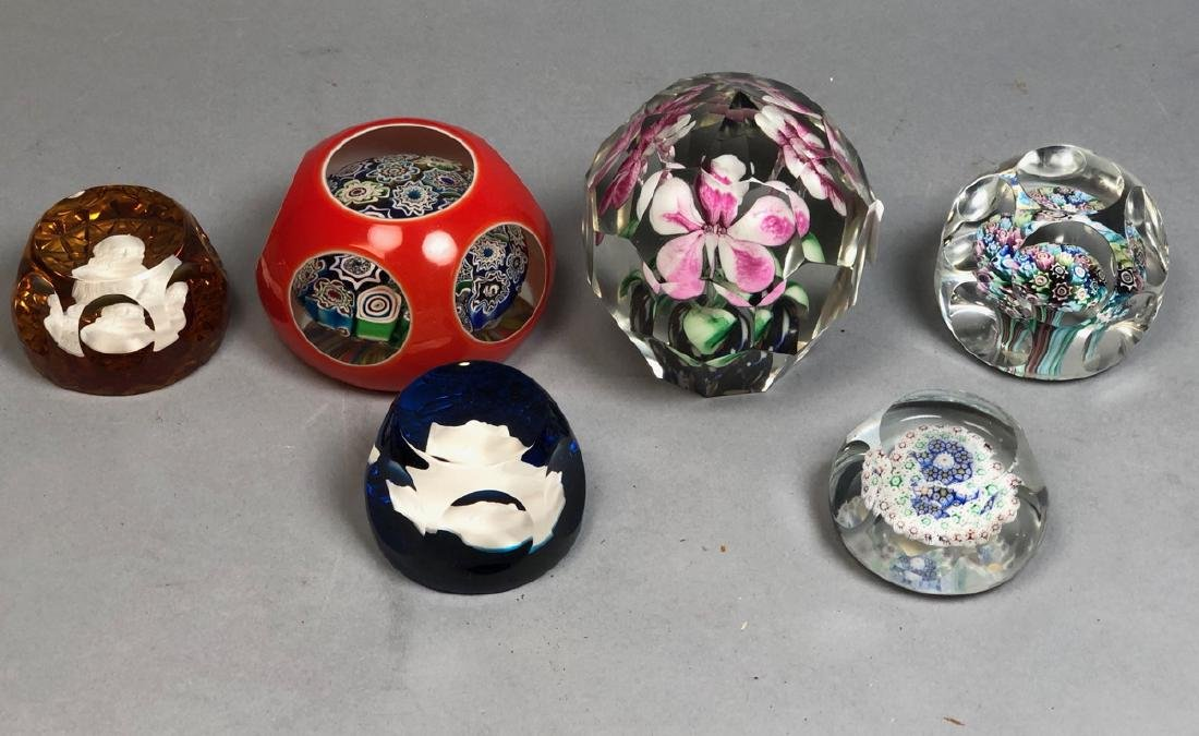 6pcs Crystal Paperweights.  4 Internal Floral and