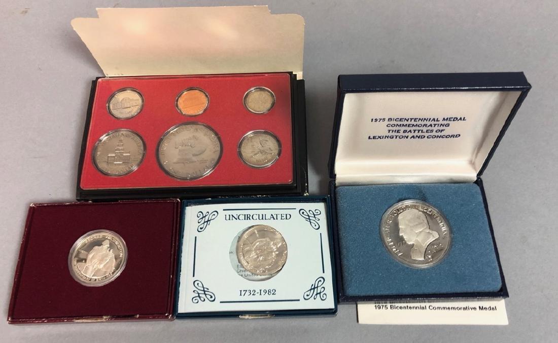 4pc Coin Lot.  1975 Silver Bicentennial Medal Com